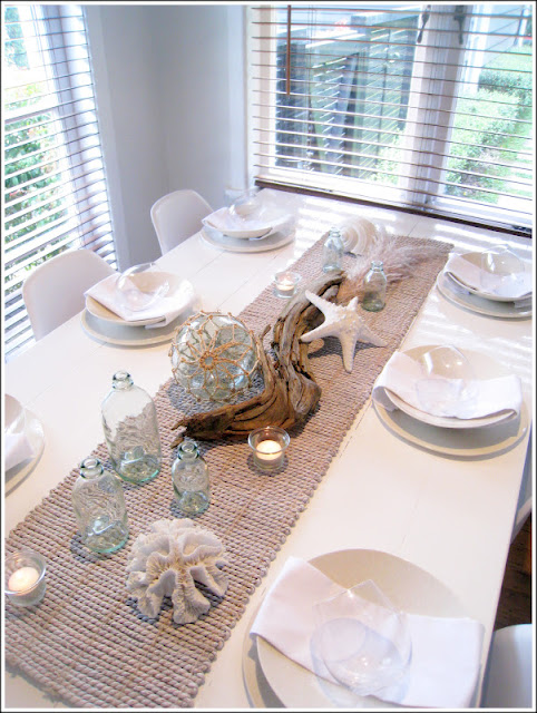 Coastal tablescapes on Pinterest Table Settings  : coastal tablescape from www.pinterest.com size 482 x 640 jpeg 129kB