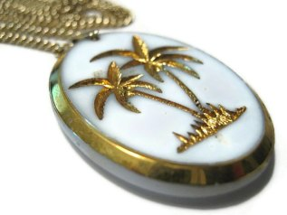 Vintage Palm Tree Necklace from Sharky's Water